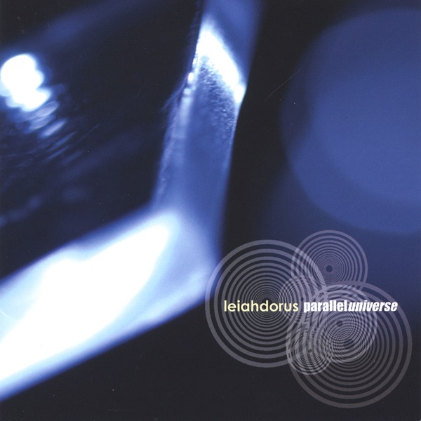 Leiahdorus - Kiss On The Telephone