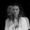 Maan - Ze Huilt Maar Ze Lacht kunstwerk