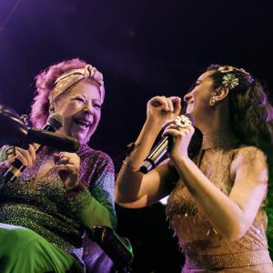 Aline Calixto & Beth Carvalho - Nos Combates Desta Vida (Ao Vivo)