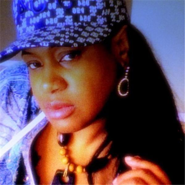 Amari (DJ Mona-Lisa) Radio Broadcasting Show