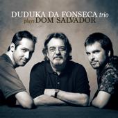Plays Dom Salvador