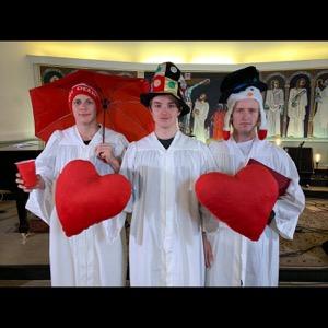 Martin, Lars & Fredrik; Forsøker å synge Julen inn