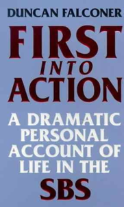 First Into Action La couverture du livre martien