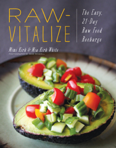 Raw-Vitalize: The Easy, 21-Day Raw Food Recharge Couverture de livre