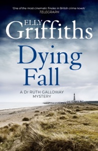 A Dying Fall da Elly Griffiths