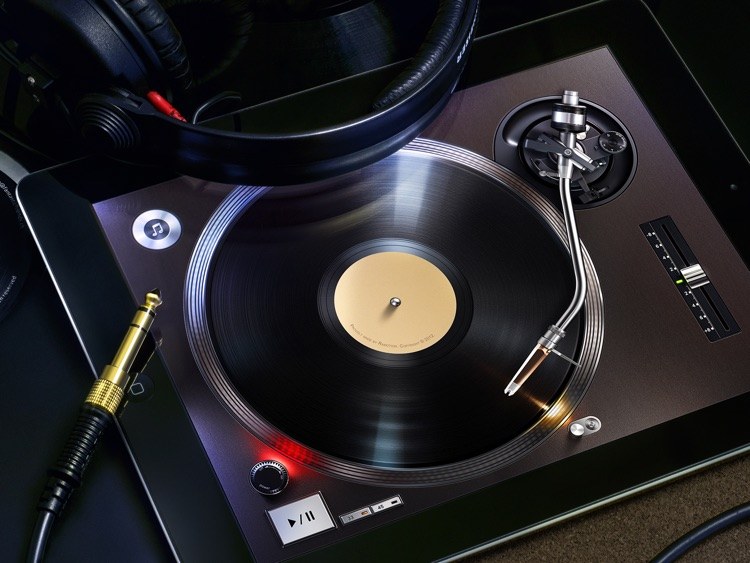 Turnplay - The #1 vinyl record player for iPad screenshot-0