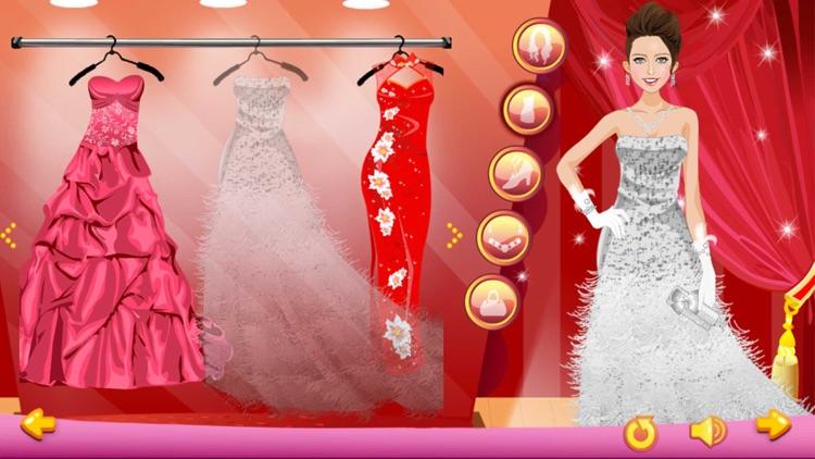 Dress Up - Red Carpet
