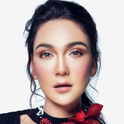 Luna Maya Official App