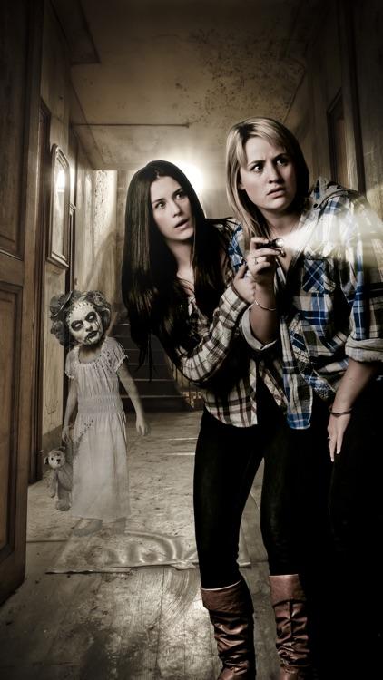 Ghost In Photos - Scary Photos