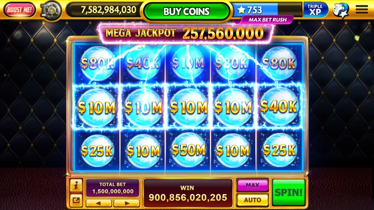 Caesars® Casino: Vegas Slots screenshot-1