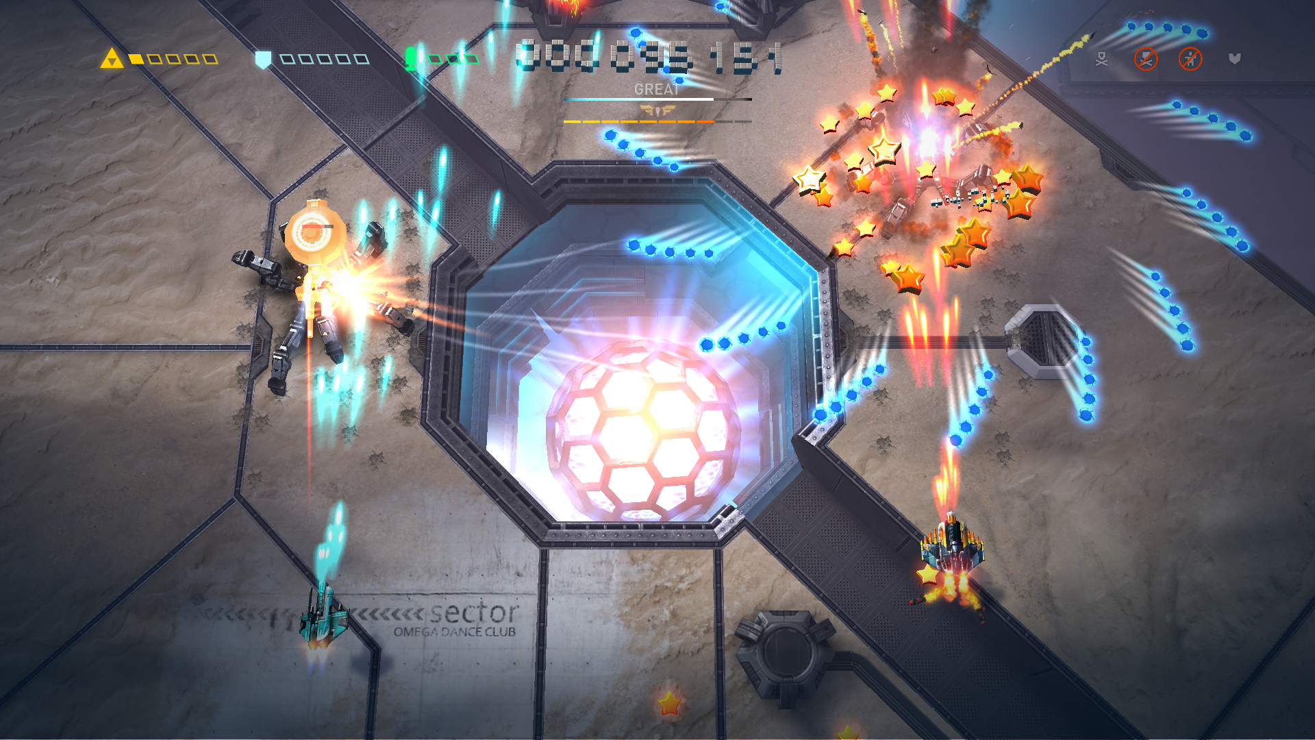 Sky Force Reloaded screenshot 14