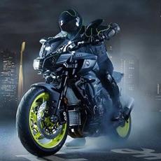 Activities of Heavy Bike Traffic Stunt Racer