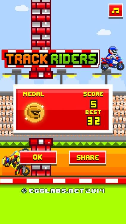 Track Riders - Free Retro 8-bit Pixel Motorcycle Games screenshot-3