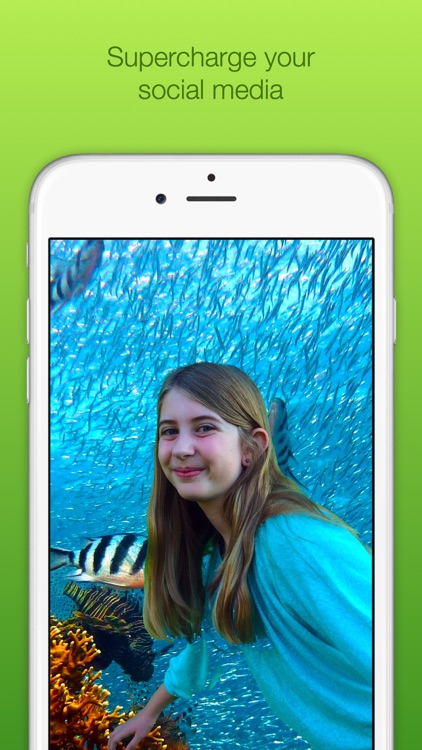 Chromatic Camera - Green Screen Photo Booth by Travis Newby