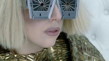 Lady Gaga Bad Romance music review
