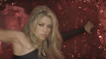 Shakira She Wolf music review