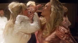 Drunk (And I Don't Wanna Go Home) Elle King & Miranda Lambert Alternative Music Video 2021 New Songs Albums Artists Singles Videos Musicians Remixes Image