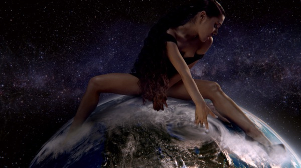 Ariana Grande -  music video wiki, reviews