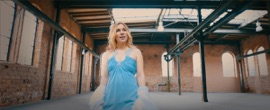 Federleicht Laura Wilde German Pop Music Video 2017 New Songs Albums Artists Singles Videos Musicians Remixes Image